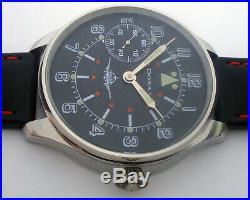 Rare Big Military DOXA Swiss Wristwatch in Steel Case Aviator Pilots WW2